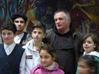 Bővebben: Törvénybe foglalták Romániában a Böjte Csaba által bevezetett bentlakás-típust