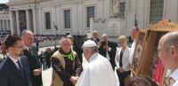 Bővebben: Ferenc pápával találkozott a Vatikánban a Böjte atya vezette gyerekcsapat