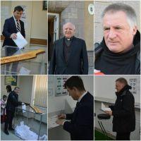 Bővebben: Leadta levélszavazatát Böjte Csaba és Tamás József Magyarország Csíkszeredai Főkonzulátusán
