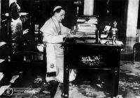 """Bővebben: Száz éve tette közzé XV. Benedek pápa az """"értelmetlen vérfürdő"""" ellen írott levelét"""