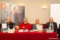 Bővebben: Könyvsorozat Szoboszlay Aladárról, akit a magyarságért tett erőfeszítései miatt végeztek ki