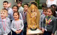 Bővebben: Csíksomlyói Babba Mária erbili gyerekeknél