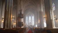 Bővebben: Miért vallásosabbak az erdélyi magyarok, mint a románok?
