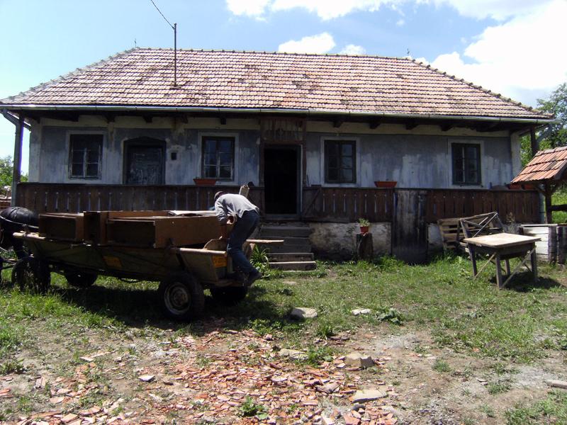 Esztelneki ház