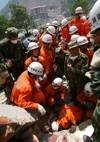 Bővebben: 67 ezerre nőtt a kínai földrengés halottainak száma