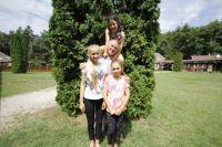 Bővebben: Elítéltek gyermekeinek adnak lelki támaszt a gyarmati táborban