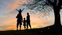 Bővebben: Minden szélsőség családellenes