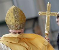 Bővebben: A pápa is megszólalt a gazdasági válság miatt
