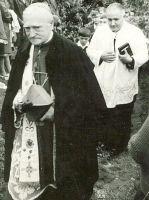 Bővebben: A Szentszék boldoggá nyilváníthatja Márton Áron erdélyi püspököt