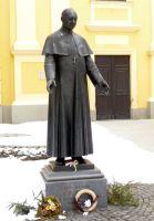 Bővebben: KILENCED BOLDOG APOR VILMOSHOZ - 7. Igent mond a világháború közepén a pápa kérésének