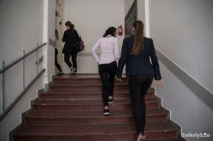 b_300_300_16777215_00_images_stories_Igaz_Pedagogia_b_beszterce-magyar-iskola-ba-2.jpg