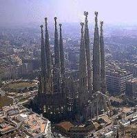 Bővebben: A Sagrada Família-bazilika Isten kőből készült dicsérete