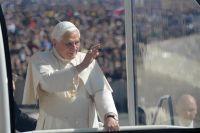 Bővebben: Benedek pápa a harmadik fatimai titok értelmezéséről