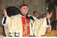 Bővebben: Csaba testvér szentbeszéde a 2010-es pünkösdi búcsún