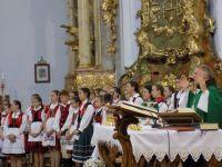 Bővebben: Zsúfolásig megtelt a zirci bazilika