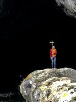 Read more: CLING ONTO THE CROSS ON WHICH ONCE THE SAVIOUR OF OUR WORLD  HUNG …