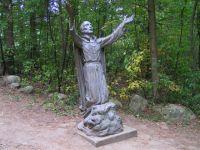 Bővebben: Brébeuf Szent János áldozópap és társai, kanadai vértanúk