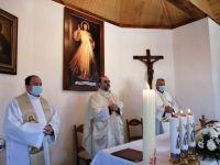 Bővebben: Az Isteni Irgalmasságnak szentelték az új kápolnát Böjte Csabáék egyik otthonában