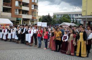 Örökségünk őrei Déva főterén a magyar és a székely himnuszt énekelték