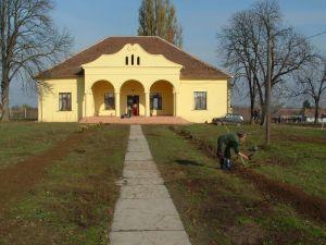 b_300_300_16777215_00_images_stories_Otthonaink_Galospetri_dscf0047.jpg